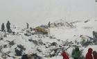 Phút kinh hoàng tuyết lở trên 'nóc nhà thế giới'
