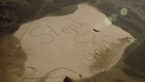 Lời nhắn viết trên cát gửi cha ngoài vũ trụ