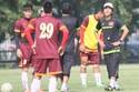 FIFA đổi lịch, HLV Miura dẫn dắt ĐTVN chiến Thái Lan