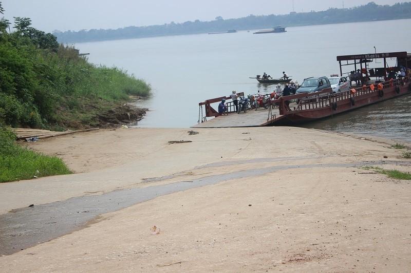 Hai nữ sinh mất tích bí ẩn, phát hiện thi thể trên sông Hồng