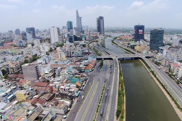 Sài Gòn, lột xác, mạnh mẽ, Trần Thị Trường, 40 năm sau, ấn tượng sâu sắc, thống nhất đất nước, thành phố Hồ Chí Minh