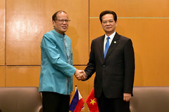Thủ tướng gặp lãnh đạo Malaysia, Philippines, Thái Lan