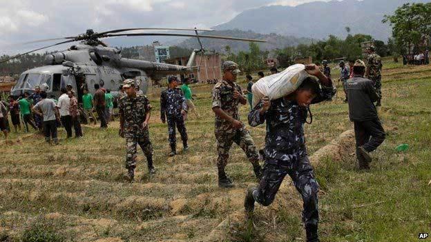 Nepal chật vật tổ chức cứu trợ, người chết vượt quá 4.000