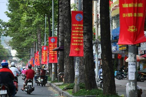 Sài Gòn đẹp lung linh chờ đón đại lễ 30/4 - 11