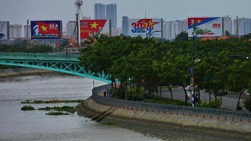 Sài Gòn đẹp lung linh chờ đón đại lễ 30/4 - 14