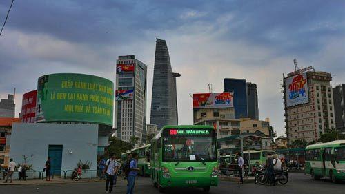 Sài Gòn đẹp lung linh chờ đón đại lễ 30/4 - 15