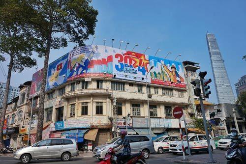 Sài Gòn đẹp lung linh chờ đón đại lễ 30/4 - 16