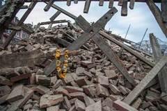 Trực thăng cứu 5 người Việt kẹt trên núi Nepal