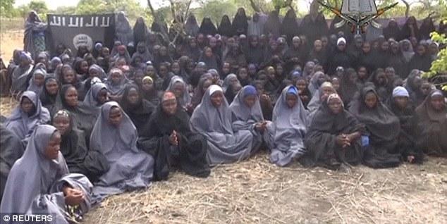 Nigeria giải cứu hơn 200 phụ nữ và trẻ em bị Boko Haram bắt cóc