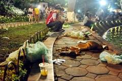 Những khuôn hình ám ảnh về kỳ nghỉ lễ của người Việt