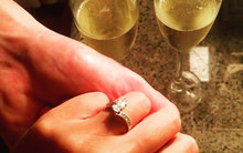 Hà Anh vừa nhận lời cầu hôn của bạn trai Anh quốc