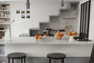 Học cách sắp xếp thông minh từ 10 căn bếp nhỏ