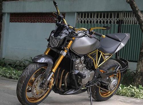 Tận thấy, Honda Hornet 600, mạ vàng 24k, Việt Nam