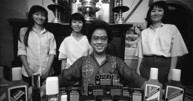 ông chủ, Nguyễn Văn Mười Hai, thương trường, đại gia, nước hoa, Sài Gòn, đi tù