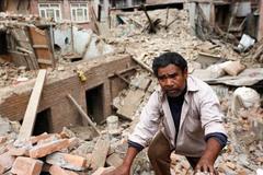 Tìm thấy cả trăm thi thể người leo núi bị tuyết vùi ở Nepal