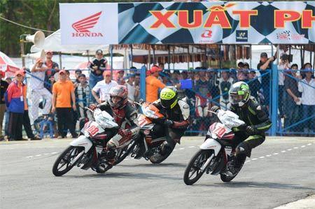 Honda Việt Nam tổ chức giải đua Xe máy ở Bình Dương