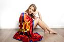 """Hoa hậu """"cuồng"""" Messi cháy hết mình vì Barca"""