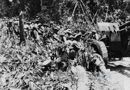 Chủ tịch Hồ Chí Minh, chiến dịch Điện Biên Phủ, Đại tướng Võ Nguyên Giáp