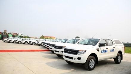 Bộ Công an tiếp nhận 75 xe bán tải Ford Ranger
