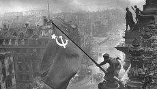 """Những bức ảnh """"không thể quên"""" về Thế chiến II"""