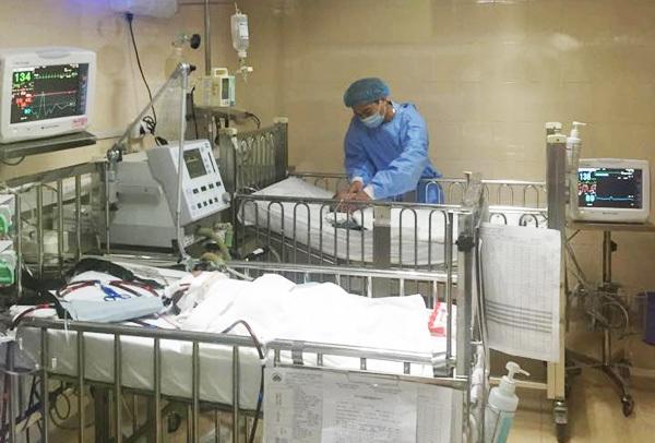 ho gà, biến chứng, hiếm gặp, ECMO, Bệnh viện Nhi