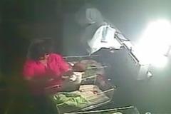 Choáng cảnh nữ điều dưỡng quăng quật, tát trẻ sơ sinh