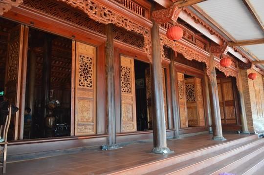 nhà gỗ, nhà gỗ 4 tỷ, gỗ như hương, cà chít, bằng lăng,nông dân Đắk Lắk