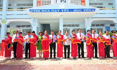 VietinBank xây trường chuẩn quốc gia ở Cà Mau