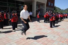 Cựu Thủ tướng Trung Quốc Ôn Gia Bảo làm thầy giáo