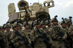 Xem Mỹ tập trận ngay sân sau của Nga
