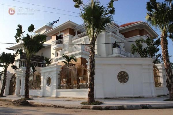 Những căn biệt thự siêu khủng của đại gia Việt