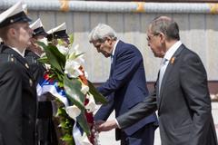 John Kerry sang Nga gặp Putin để 'làm lành'?