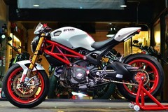"""Xem """"quỷ một giò"""" 796 nhà Ducati lên đời cực chất"""