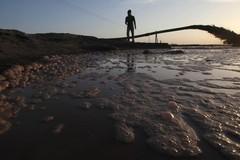 """""""Hồ địa ngục"""" tại Mông Cổ, cái giá của phát triển công nghệ mới"""