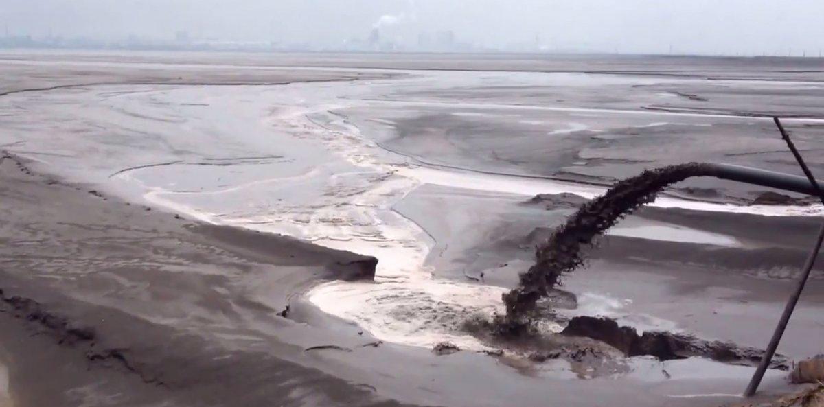 hồ địa ngục, tại Mông Cổ, phát triển công nghệ mới, khai thác REE, REM, vật liệu siêu dẫn, nam châm vĩnh cửu, đất hiếm