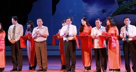 Khai mạc triển lãm ảnh, phim về ASEAN tại Việt Nam
