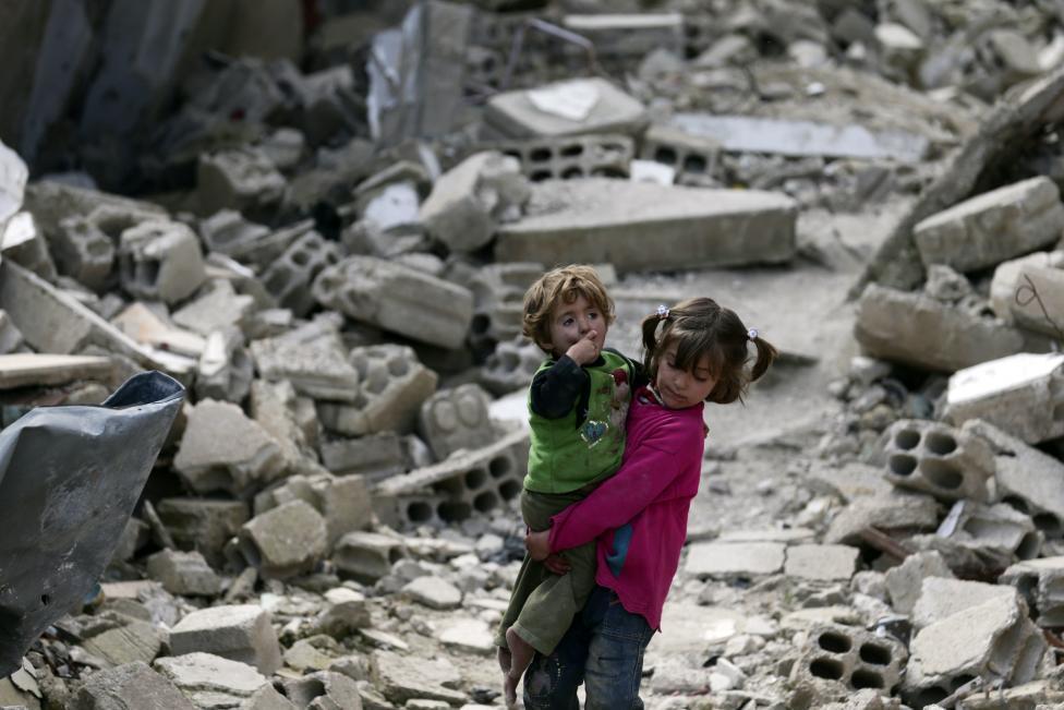 Ám ảnh gương mặt trẻ em trong chiến tranh tại Syria - 7
