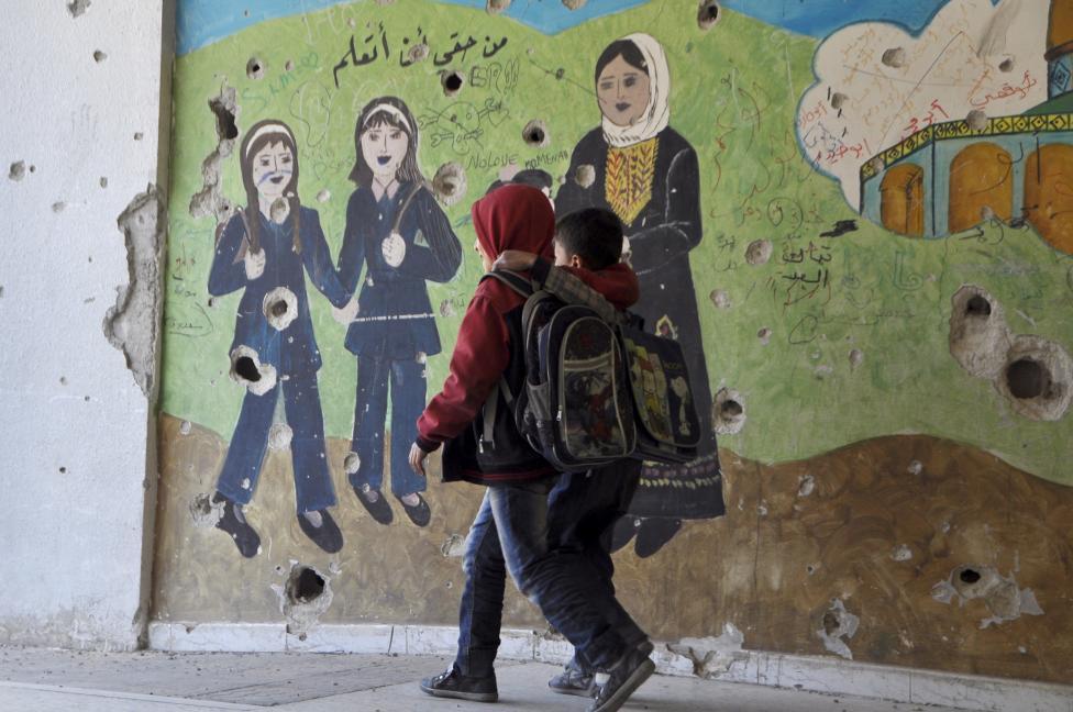 Ám ảnh gương mặt trẻ em trong chiến tranh tại Syria - 16