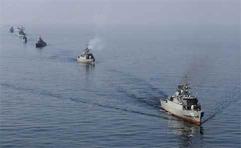 Iran bắn vào tàu Singapore ở vùng Vịnh