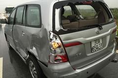 Nhật Tinh Anh gặp tai nạn, xe xoay liên tục 3 vòng