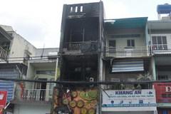 Cháy rụi quán kem 3 tầng ở Sài Gòn