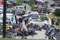 Đấu súng kinh hoàng tại Mỹ, 9 người thiệt mạng