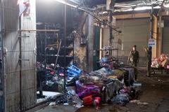 Hai mẹ con vụ cháy chợ Phùng Khoang đang nguy kịch