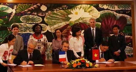 Pháp hỗ trợ Việt Nam ứng phó biến đổi khí hậu