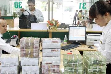 Lãi lớn, lương cao: Ngân hàng vào vận mới