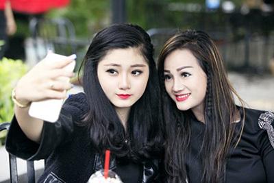 Những mẹ Việt U40 gây thương nhớ vì đẹp như gái 20