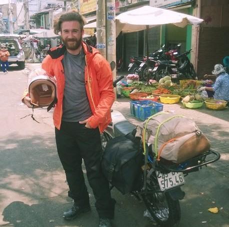 Khách Tây kể chuyện rơi balô ở Việt Nam
