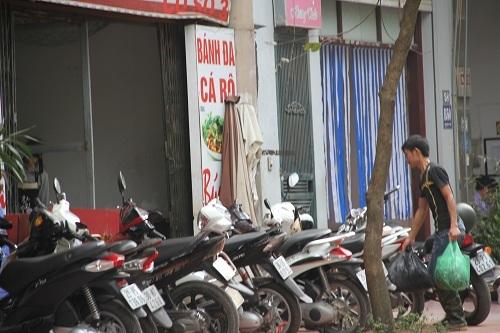 Cận cảnh đường đi của cá thối từ chợ đến quán ăn