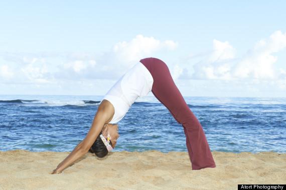 5 động tác yoga buổi sáng cực tốt cho bạn