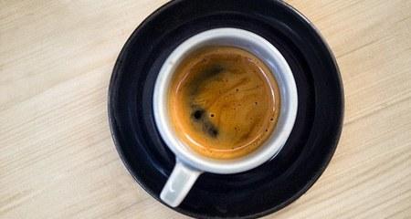 Uống cà phê hàng ngày giúp giảm nguy cơ liệt dương